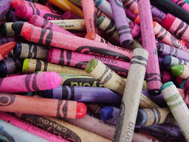 Crayons in a pile.