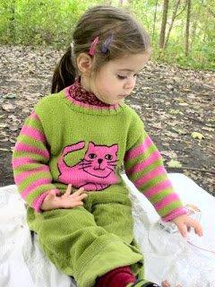 Preschooler eating at a picnic