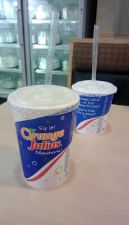 What is in an Orange Julius drink?