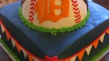 Detroit Tigers Cake {Cake Magic}