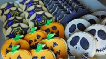Halloween Cookies {Cake Magic, Cookie Edition}