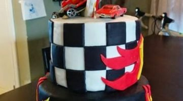 Hot Wheels Themed Birthday Cake, Ring of Fire! {Cake Magic}