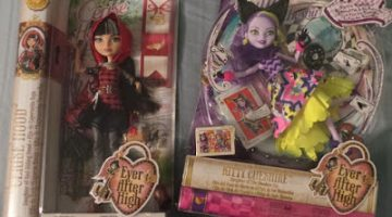 The one where I explain my ambivalent feelings for Barbie, and surprisingly fall for Ever After High…