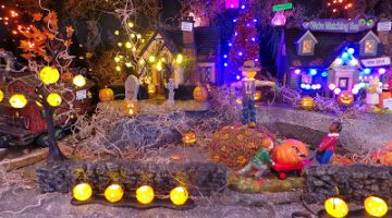 Halloween Town {Wordless Wednesday}