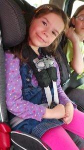 kid_in_car_seat