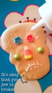 Easy to make skeleton head cookies.