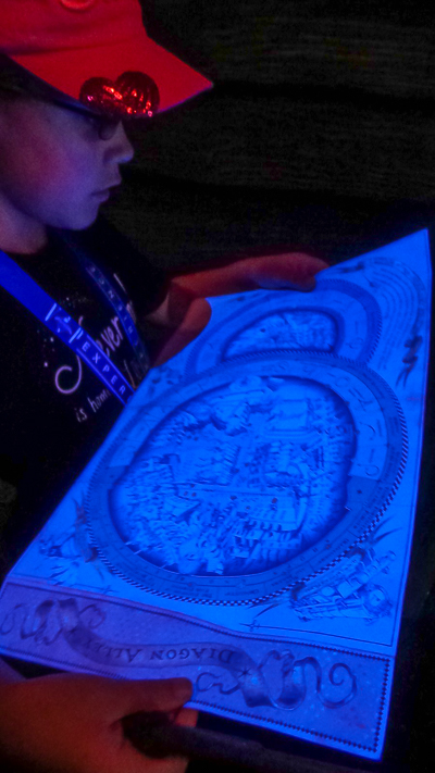 Map glows in the blacklight of Knockturn Alley.